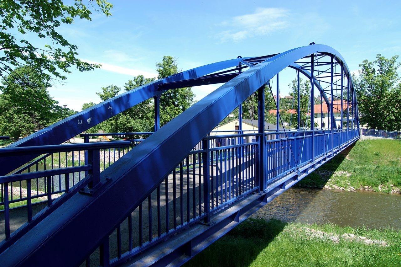 Brücke-blau-1280x851.jpg